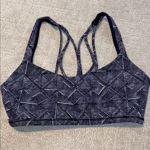 Lululemon Sports Bra (size 4)
